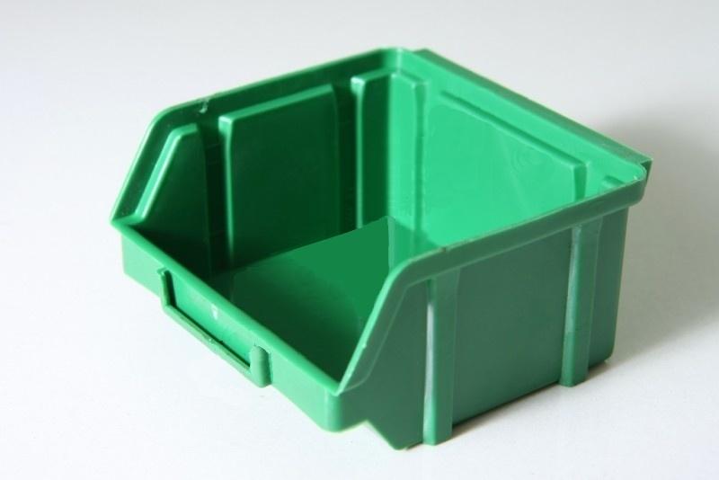 Бокс пластиковый зеленый 703